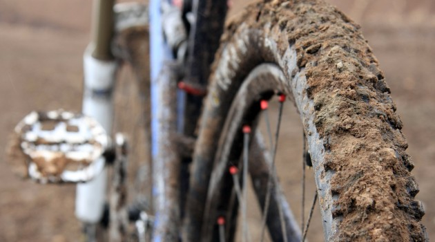 dirty dh bike